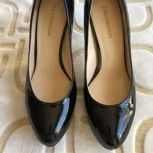 Womens black leather pumps Enzo Angiolini 7.5